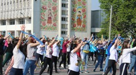 Флешмоб на Міжнародний день солідарності молоді!